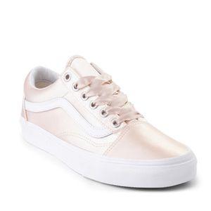 Vans Old Skool Satin Skate Shoe - Blush7